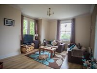 LEXDEN SPACIOUS ONE BED FLAT IN QUIET STREET 5 MINS WALK TO TOWN PERIOD FEATURES INC PARKING