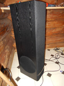 PARADIGM LEGEND SPEAKERS WITH POWERED SUBS