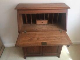 Vintage wooden desk /writing Bureau