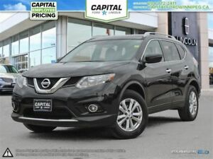 2016 Nissan Rogue SV AWD **Rear Cam-Bluetooth**