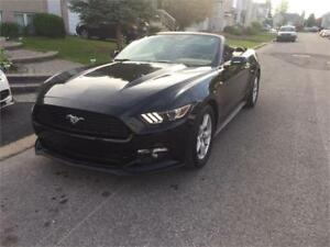 2015 Ford Mustang V6 CONVERTIBLE 4500KM