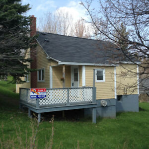 Cozy 1 1/2 storey 3-4 bedroom home for sale on Fishers Road