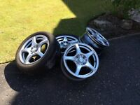 Alloy wheels.