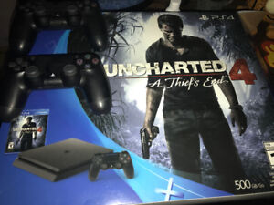 PS4 slim 500gb 2 controllers