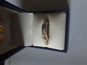 Interlocking Diamond and wedding band
