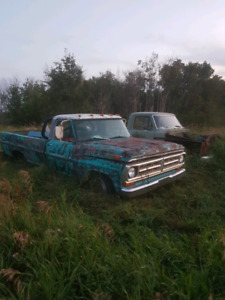 2 Ford F100s for parts or restore