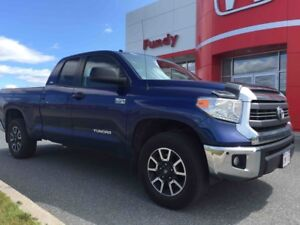 2015 Toyota Tundra SR AMAZING CONDITION! LOW KMS!
