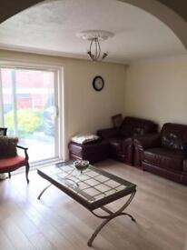 3 bedroom Chingwell £1650