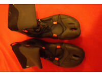 Surf boots size 9