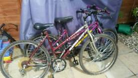 2 ladies bikes for spares or repair