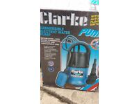 Clarke Submersible water pump with auto float