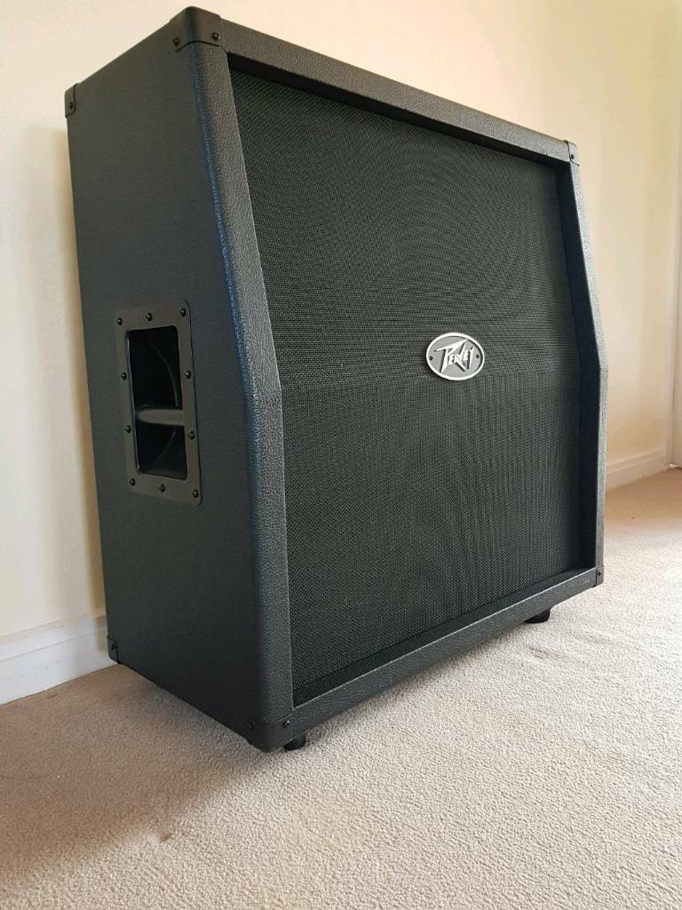 Peavey Valve King 4x12 Slant Front Cab / Guitar Amp Cabinet   in Wallingford, on