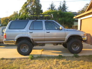 LOOKING for Toyota 4Runner 2nd GEN 1989 - 1995