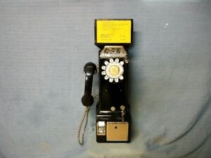 AUTHENTIC NORTHERN ELECTRIC PAY TELEPHONE FROM THE EARLY 1960's