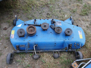 New Holland 42in Triple Blade Lawn Tractor Deck Good!