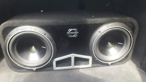 "Rockford p3s 10"" and 2000watt kicker amp"