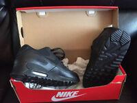 Women footwear Nike Air Max 90