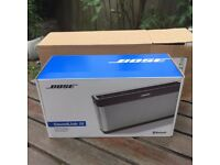 NEW Bose Soundlink 3 in the box