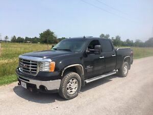 2009  Duramax Diesel with plow!