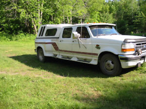 1996 Ford F350 Diesel 7.3 Pickup Truck Towing 5th Wheel Hitch
