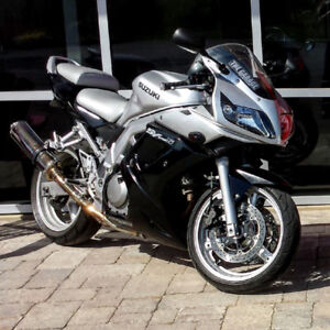 Very clean SV650s