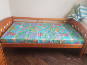 Single bed with foam mattress