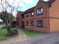 ONE BED FLAT (GROUND FLOOR). MAREHAM LANE, LINCOLNSHIRE, NG34 7FT - NO BONDS OR DEPOSITS REQUIRED.