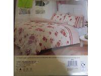 2 sets Brand new Kingsize Bedding