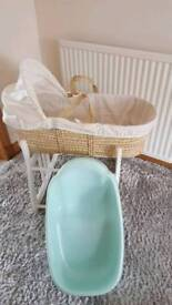 Moses basket, stand and baby bath