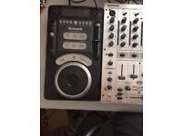Cdjs numark and mixer
