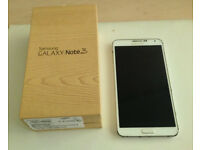 SAMSUNG GALAXY NOTE 3, white colour, 32 Gig (Unlocked to all network)