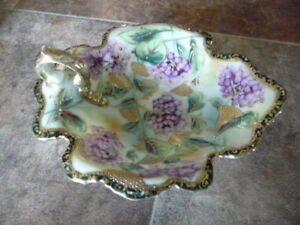"""Lovely Small Antique """"Nippon"""" Leaf Shaped Candy / Mint Dish"""