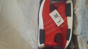 nmd r1 red
