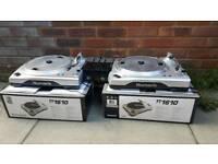 Numark decks mixer and headfones