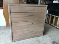 Drawer unit with 4 drawers