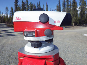 Leica NA-730 Surveyors Level