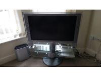 "Sony Home Theatre System Bravia 40"" LCD TV 5.1 HD 1080p Silver £120 ONO"