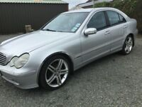 Mercedes c220cdi with 154000 miles no mot great engine etc paint scabs on wings doors cookstown