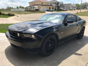 2010 Ford Mustang Coupe (2 door) Black