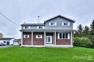 Multifamily Dwellings for Sale in Casselman, Ontario $334,900