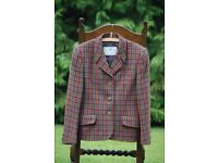 Aquascutum wool check classic ladies suit.