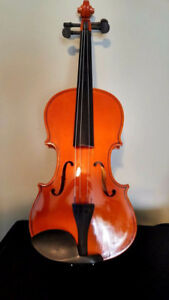 Full Size 4/4 Violin
