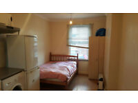 ***A Very Nice Studio Flat Close to Westfield Stratford City Shopping Centre, E15***