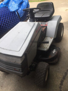 Craftsman riding lawn mover tractor grass landscaping