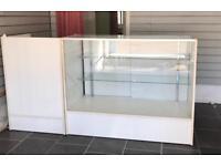 Cash Till Desk & Retail Glas Shelf Counter