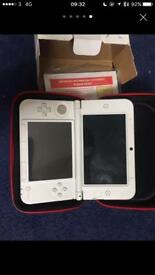 Nintendo 3DS XL in White with AC ADAPTER and Mario case