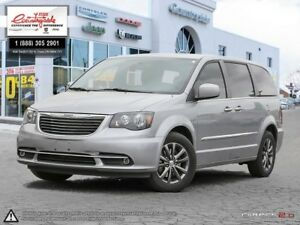 2014 Chrysler Town & Country S A MINIVAN THAT'S STILL COOL