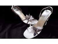 Stunning silver sandals, Brand New, size 6