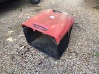 Lawn mower grass box