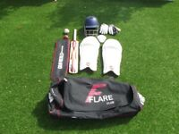 Teenage full cricket set with bag